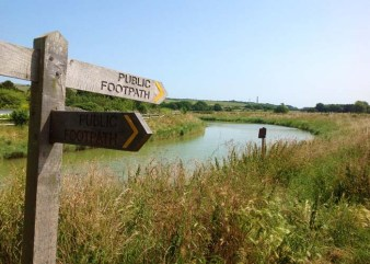 footpath alongside the Adur