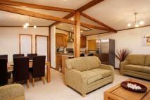WoodlandOak_lounge