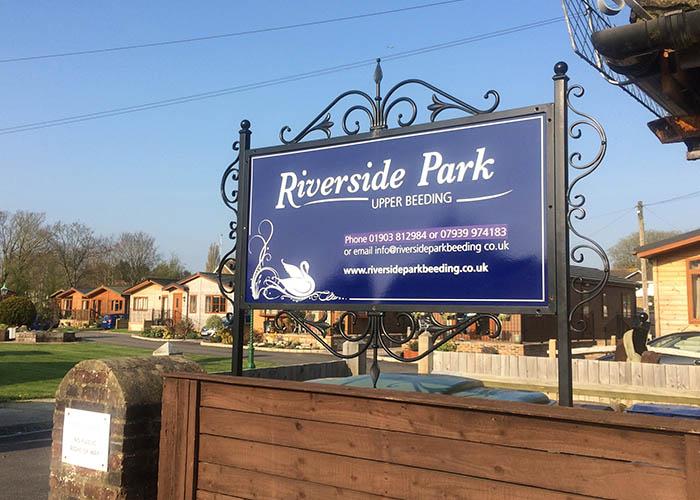 riverside park sign